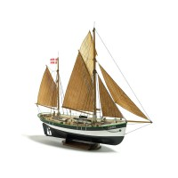 1/60e Billing Boats Dana 200 Fishing boat